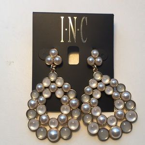 INC Gold-Tone/ Faux Pearl Cluster Earrings (V232)
